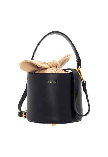 Tracey black Tracey Limited Rabbit Bucket Bag 7F37EACAC4634BGS_1