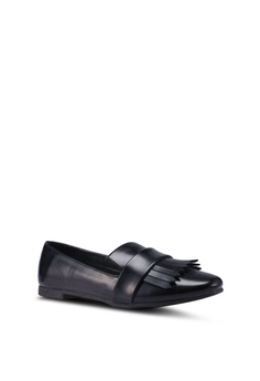 38522170347d 10% OFF Something Borrowed Fringe Loafers Php 999.00 NOW Php 899.00 Sizes 37