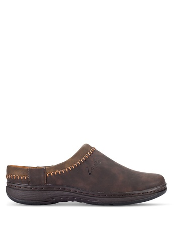 Louis Cuppers brown Stitched Slip Ons LO977SH51RCIMY_1
