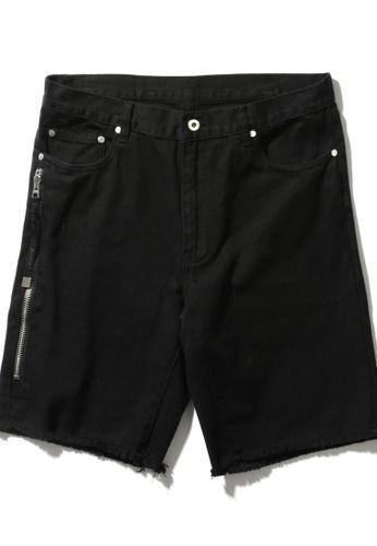 MUSIUM DIV black Frayed zip pocket denim shorts 8BECFAAF13B218GS_1