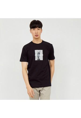 M231 M231 T-Shirt Grafis Pendek Hitam 2120 85914AA2A9E9A1GS_1