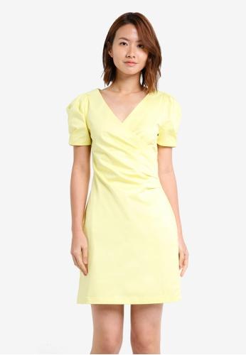 ZALORA yellow V Neck Puff Sleeve Bodycon Dress 95DC4AA95C883FGS_1
