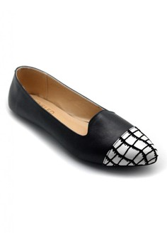 Loafers with Alligator Toecap
