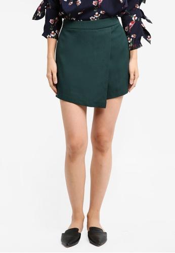 ZALORA green Flap Shorts C7CE4AAB94344BGS_1