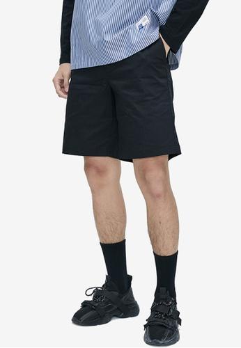 URBAN REVIVO black Chino Shorts A6C13AA37B806AGS_1