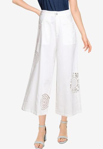 Desigual white Cropped Embroidery Culotte Trousers B5ADBAA389914FGS_1