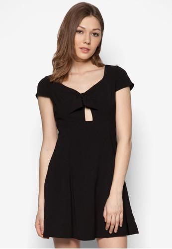 繫帶鏤空傘擺連zalora 衣服評價身裙, 服飾, 洋裝