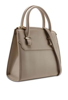 f82863445de727 VINCCI Street Shoulder Bag RM 159.00. Sizes One Size