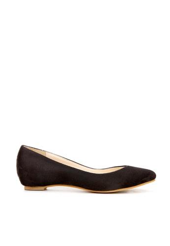 KissXXX 黑色 小心機美腿效果內增高2.5CM淺口尖頭平底休閒鞋 KI603SH09MTJTW_1