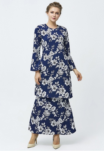 Era Maya black and white and blue Navy Floral Outline Baju Kurung Pearl Crepe C746CAA1232964GS_1