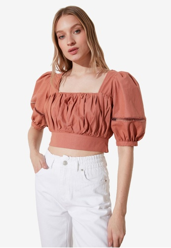 Trendyol pink Gathered Detail Puff Sleeve Top 246DCAAEE2D5F6GS_1