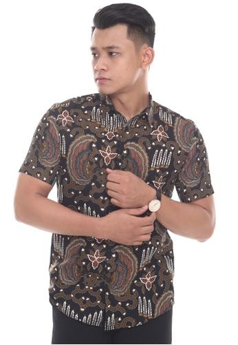 UA BOUTIQUE black Short Sleeve Shirt Batik UASSB02-011 (Brown/ Black) 07FE5AA6C7FDFDGS_1