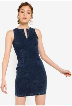 d33e1c2f5f15 ZALORA BASICS blue Basic Denim Bodycon Dress 4BCA2AAB742DC8GS_1