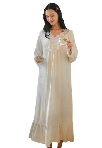 LYCKA white LML1283-Lady One Piece Long Sleeve Lace Sleepwear-White BB77CAA793F05AGS_1