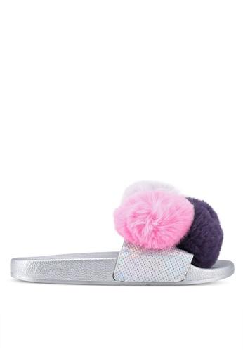 Slydes 銀色 毛球飾拖鞋 7F594SH5560D1CGS_1
