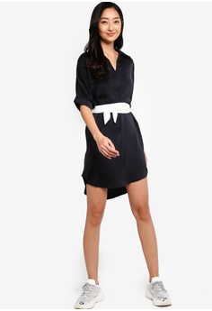 ff4eda9880 13% OFF Something Borrowed Dolman Sleeve Tunic Dress with Self Tie S$ 39.90  NOW S$ 34.90 Sizes XS S M L XL · Something Borrowed black Drop Shoulder  Stripe ...