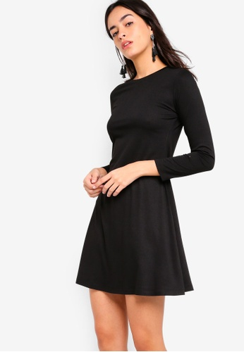 ZALORA BASICS black Basic Long Sleeves Flare Dress DFBF8AAB740A67GS_1