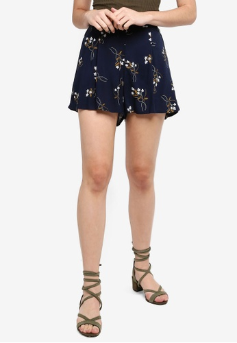 Cotton On navy Maya Flirty Shorts BFE48AA8F7F8BCGS_1