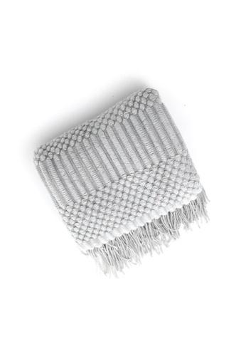 DILAS HOME Knitting Pattern Fluffy Throw (Light grey) 8B410HLA4A9631GS_1
