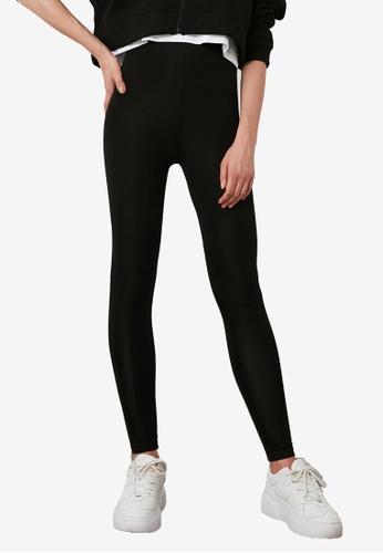 Trendyol black Basic Shiny Disco Leggings 2A4D1AA6218C68GS_1