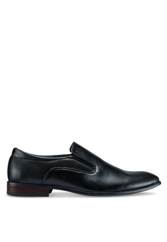 UniqTee black Leather Formal Slip On With Perforated Detail 51E70SHDFCA097GS_1
