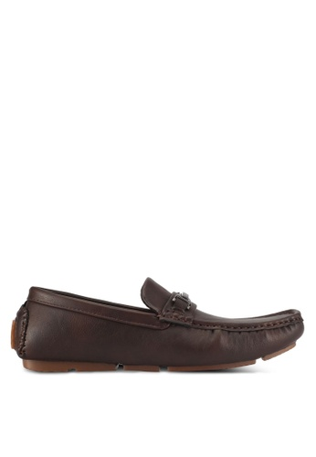 UniqTee brown Textured Moccasins With Buckle 8B86CSH4165350GS_1