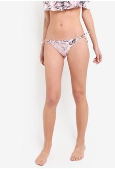 【ZALORA】 印花吊飾側繫帶比基尼泳褲