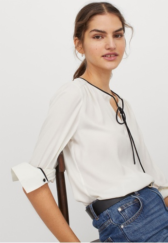 H&M white Tie-front satin blouse 24D25AA07020BBGS_1