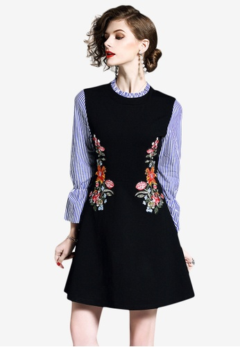 Sunnydaysweety black Flare Sleeve Embroidery One Piece Dress 95933AA0525CA7GS_1