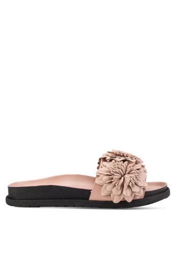 TOPSHOP pink and beige Heather Flower Footbed Sandals TO412SH67TUAMY_1