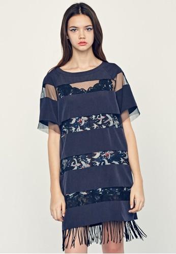 PLAY 透視條紋流蘇下擺連身裙、 服飾、 洋裝jucyjudyPLAY透視條紋流蘇下擺連身裙最新折價
