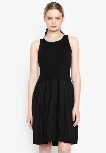 Susto The Label black Glynis Pleated Dress FD8E8AAF9F061BGS_1