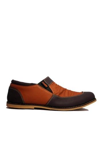 D-Island brown D-Island Shoes Slip On Vintage Wrinkle Leather  Cokelat Tua DI594SH52AKTID_1