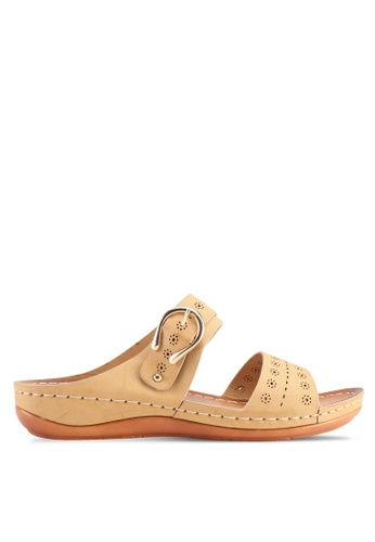 Spiffy brown Soft And Comfy Series Double Strap Wedges Sandals B96A2SH9E87299GS_1