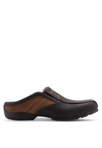 Louis Cuppers brown Faux Leather Slip Ons BE1B0SHACFC29BGS_1
