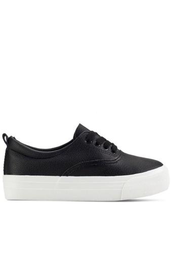 Twenty Eight Shoes 黑色 柔軟仿皮厚底運動鞋T16392 22291SH3B455C0GS_1