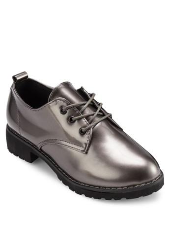 漆皮繫帶牛津皮鞋, 女鞋, 牛津鞋 & esprit outlet hong kong雕花牛津鞋