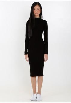 [PRE-ORDER] Ribbed Long Sleeved Dress