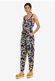 6c9d25eb7bd 56% OFF Dorothy Perkins Petite Navy Floral Jumpsuit S  109.00 NOW S  47.90  Sizes 6 8 10 12 14 · Dorothy Perkins multi Metallic Double Layer ...
