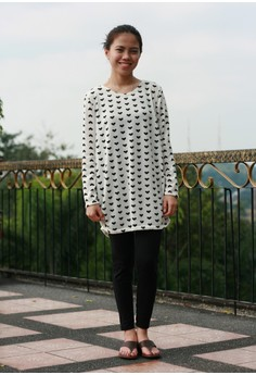 Eila Long Heart Print Long Sleeves
