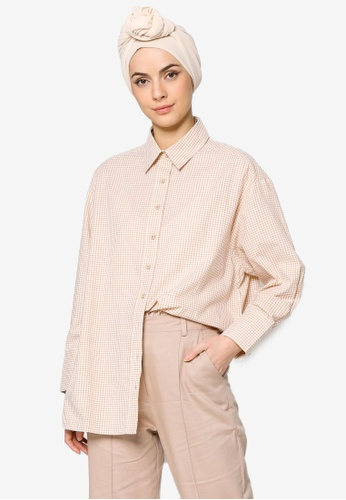 ZALIA BASICS beige Checks Oversize Collar Shirt 57113AA5E9B153GS_1