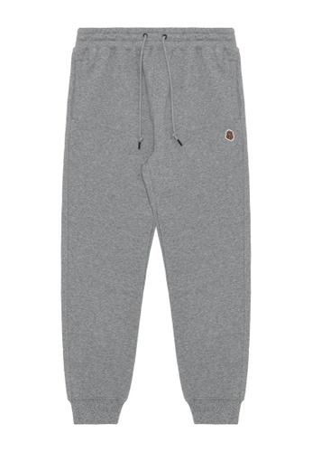 Fingercroxx grey Bigfoot badge sweatpants BA30CAAD4DF8ECGS_1