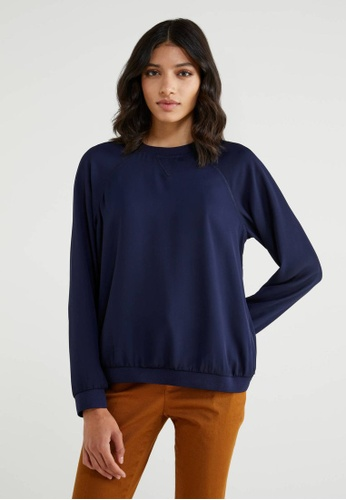 United Colors of Benetton blue Round Neck Crepe Blouse FD665AAE2DD793GS_1