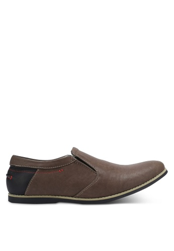 Knight brown Casual Slip On Shoes KN875SH0RF8LMY_1