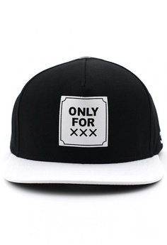 c40e732844b 40% OFF DOSSCAPS TRENTA OFX Snapback (Black   White) RM 219.00 NOW RM  131.40 Sizes One Size