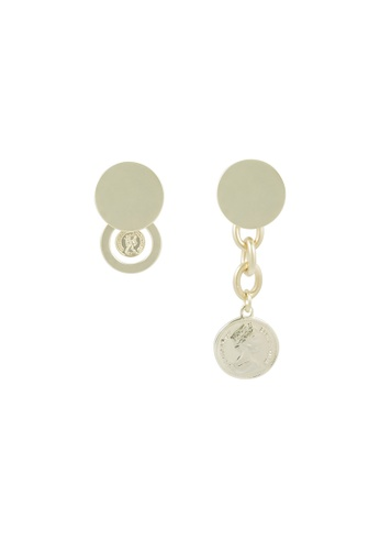 SKEDA gold Vintage Queen Elizabeth Coin Mismatched Earrings F7012ACC0D8C08GS_1