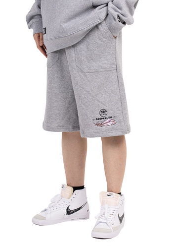 Reoparudo grey Reoparudo Feather Embroidery Sweat Shorts (Grey) 52456AA84229F9GS_1
