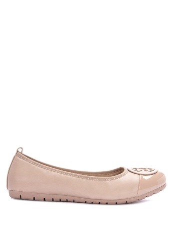 CLN beige Round Toe Ballerina Flats With A Buckle On The Vamp Flats 85FA9SH84AF12BGS_1