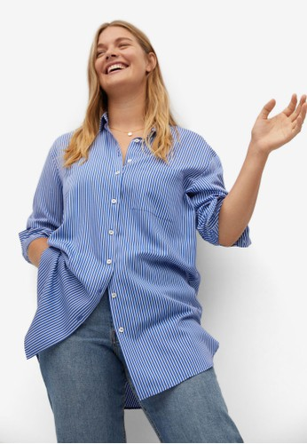 Violeta by MANGO blue Plus Size Flowy Long Shirt 0FF4FAAC8D5678GS_1