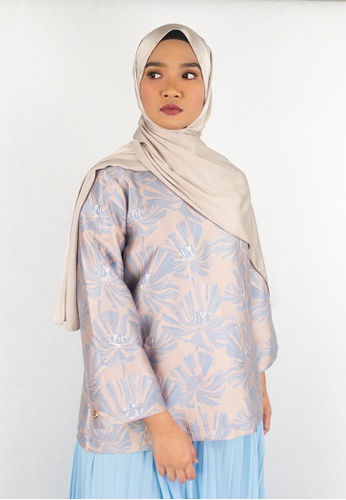 Zaryluq blue and beige Brocade Top in Blue Bell ACC7AAAC12C0D8GS_1